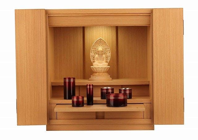 最近、静かな人気の「モダンな仏壇」とは?